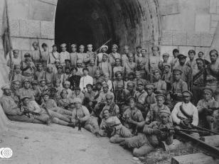 ქართველი მებრძოლები წიფის გვირაბთან. 1918-1921 წლები <br> Georgian militants at Tsipa tunnel. 1918-1921