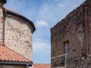დმანისი. ორსართულიანი სამრეკლო. ფოტო: გიორგი კაკაბაძე. 2015 წელი<br>Dmanisi. Two-storey chapel.  Photo by Armen Petrosian. 2015