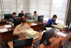საქართველოს პირველი რესპუბლიკის საარქივო დოკუმენტებს სტუდენტები იკვლევენ