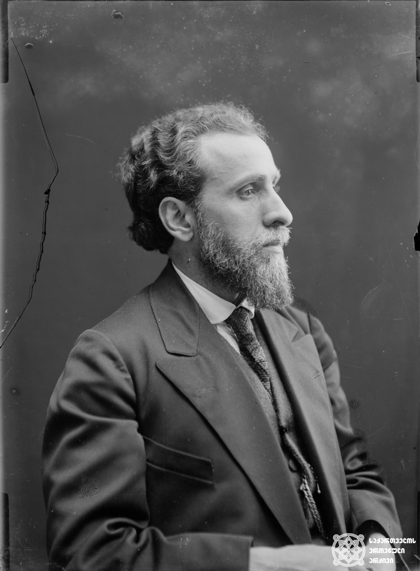 სამსონ ფირცხალავა (1872-1952), პოლიტიკური მოღვაწე და პუბლიცისტი. <br>  მინის ნეგატივი 12X16. <br> Samson Pirtskhalava (1872-1952), Political figure and publicist. <br> Glass negative 12X16. <br>