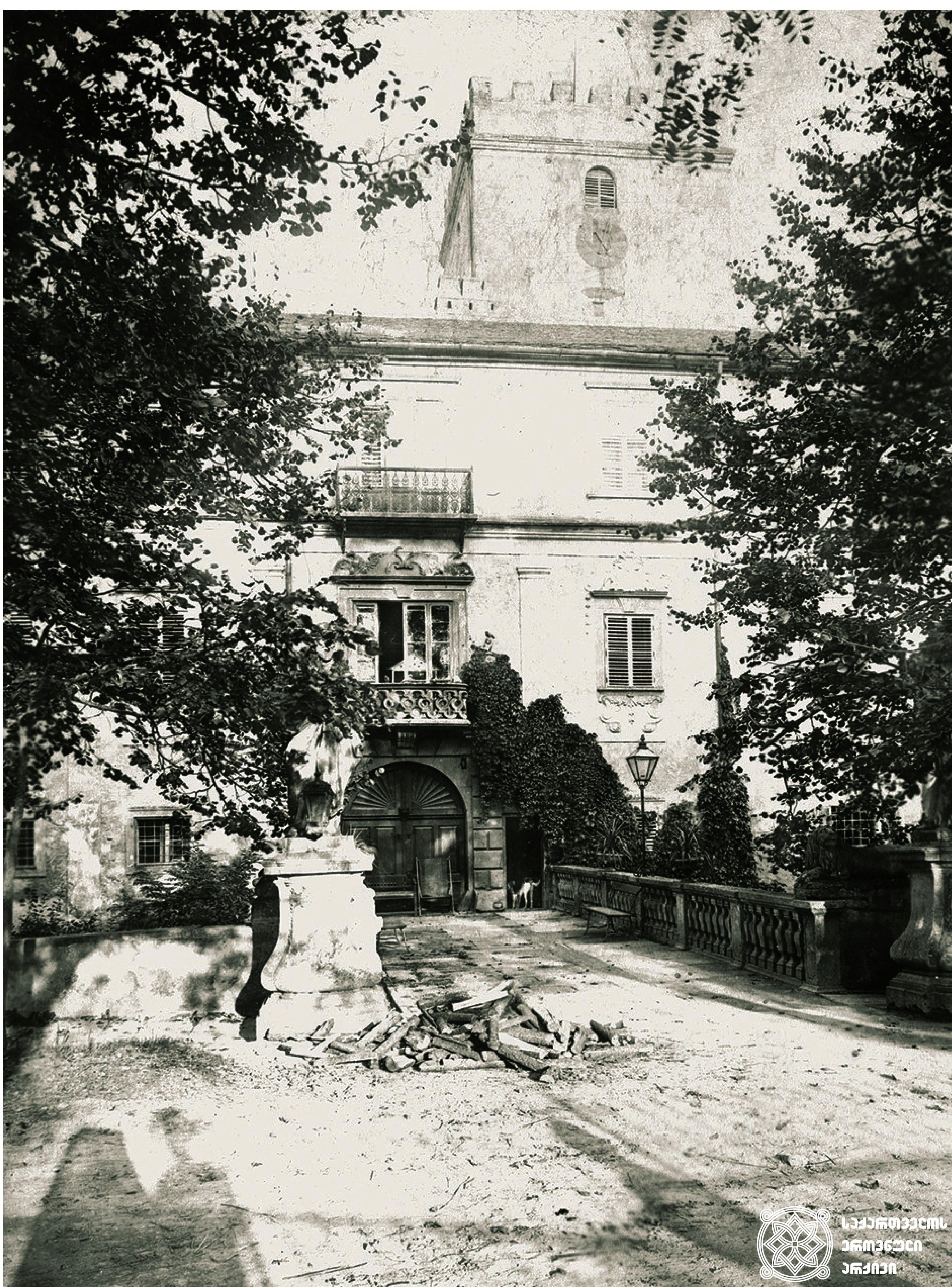ჰარმანსდორფის სასახლე. <br> გეორგ ჰამანის კოლექციიდან. <br> Schloss Harmannsdorf. <br> From the collection of Georg Hamann.
